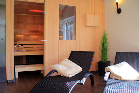 sauna mit ruheraum im appartementhaus westwind in b sum. Black Bedroom Furniture Sets. Home Design Ideas